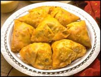 http://www.taaam.com/image/indianSamosa.jpg
