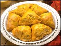 http://www.taaam.com/image/indianSamosa.jpg